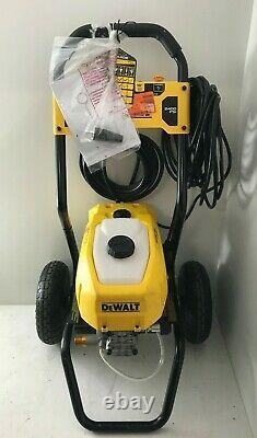 DeWalt DWPW2400 13 Amp 2400 PSI 1.1 GPM Cold-Water Pressure Washer, GR M